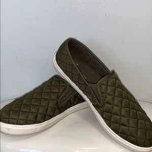 TIME & TRU slip on quilted sneakers